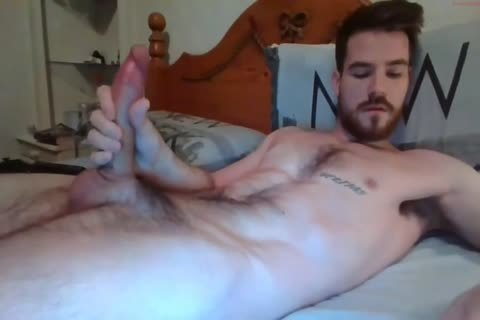 lad With gigantic weenie Solo By cam