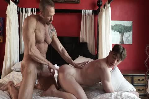 Massage boy acquires Barebacked By Daddy
