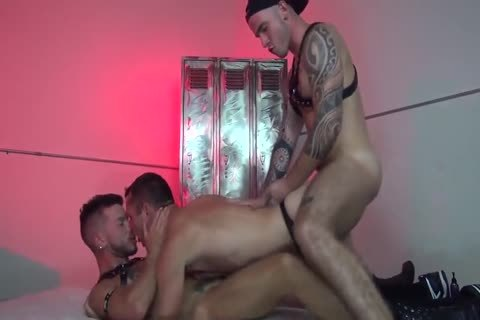 raw Club For homosexual studs