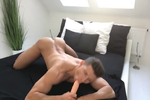 horny Muscle And His dildo