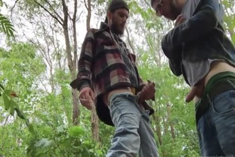 2 Rednecks engulf penis And gulp lots of urinate outside