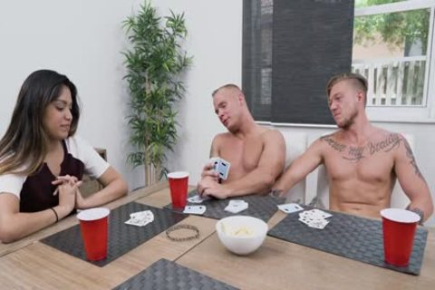 strip Poker - Winner Takes All