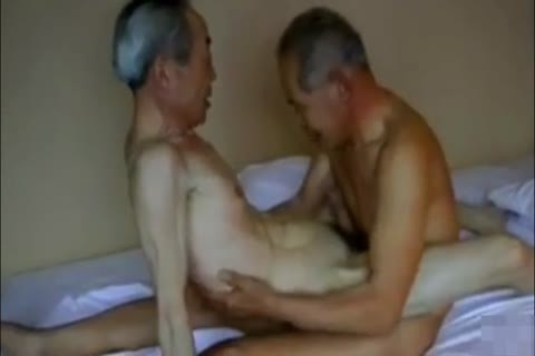 Two filthy And lascivious Japanese daddy man's nail And engulf!