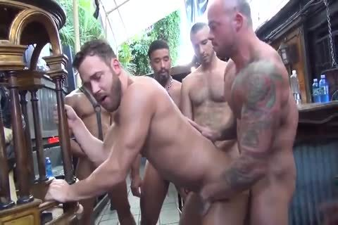 MusclePup Logan Moore gets bunch team-nailed Barebacked nail