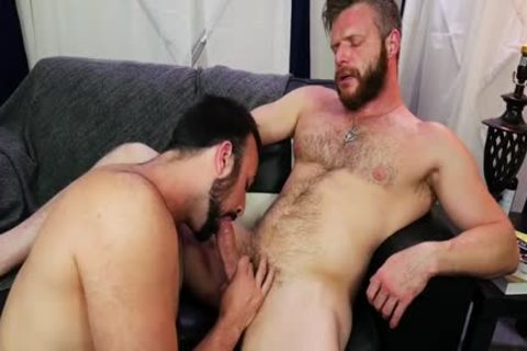 Two Hunks' undressed bang