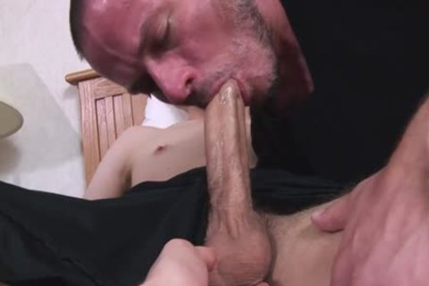 Straight twink large Uncut cock Sucked