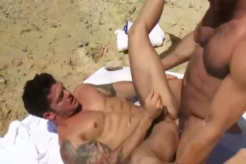 Muscle Sex At The Beach