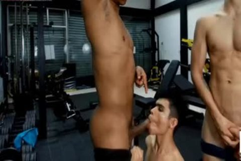 Bottom twink Likes Muscle dongs Live On CRuisingcams.com