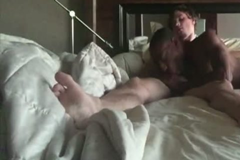 trio Sex With Blowjobs And Cumshots