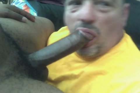 Ultimate no-gag throating of a 9-inch darksome jock