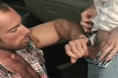 Greased mechanic accepts sex as payment